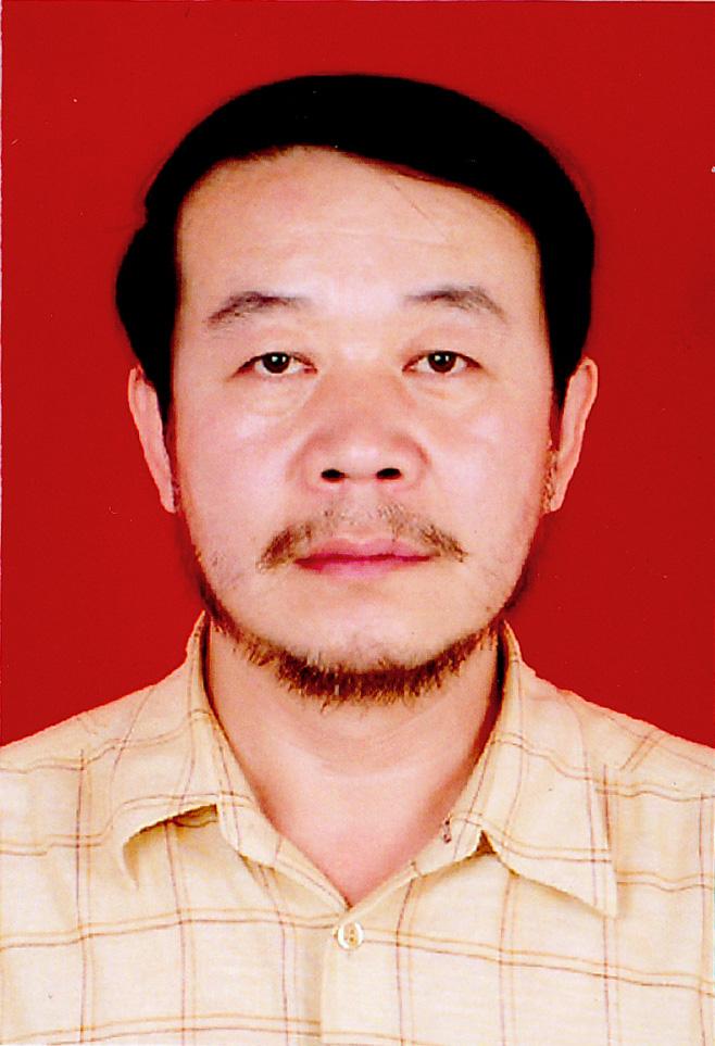 app下载千赢手机app下载装饰总工程师李少军荣获2012年度深圳市建筑施工企业优秀总工程师称号
